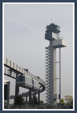 EDDL real tower monorail
