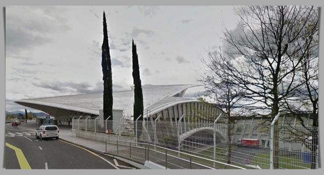 Airport Bilbao Street View 2