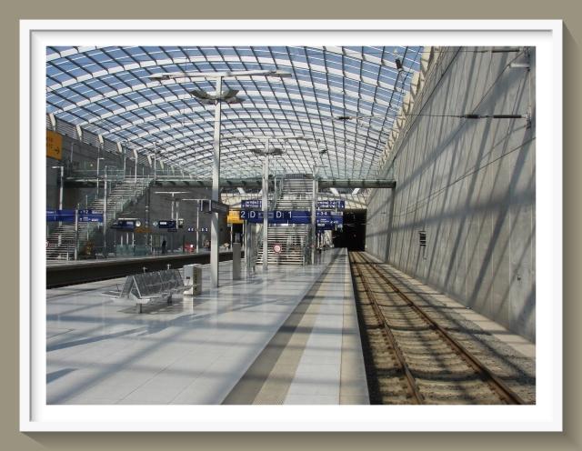 EDDK real rail