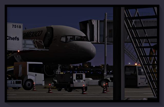 MMMX 757 ramp 4
